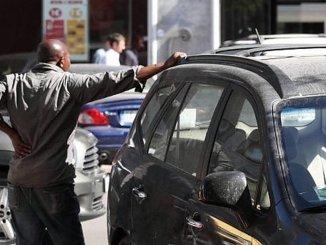 Daspo Urbano, abusivi stranieri allontanati da Assisi per 6 mesi