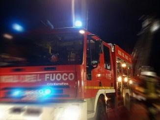 Materasso prende fuoco, ustionato senzatetto a Terni
