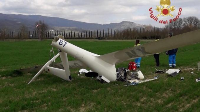 Precipita aliante nei pressi aviosuperfice Apollonia, deceduto pilota