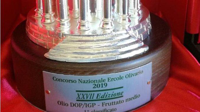 Ercole Olivario, per l'olio di Decimi arriva il premio che mancava