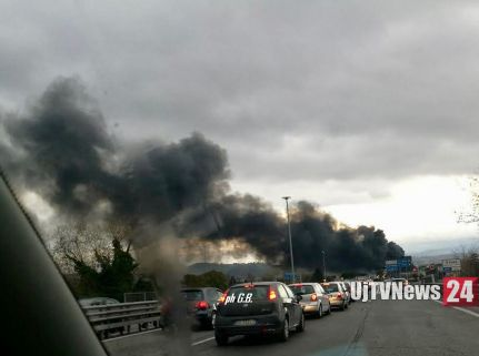 incendio-ponte-san-giovanni (1)