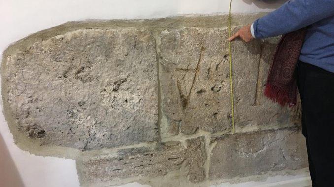 Scoperta iscrizione etrusca a Porta Eburnea a Perugia