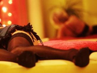"Scoperto, a Fontivegge di Perugia, centro massaggi cinese a ""luci rosse"""