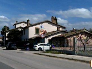 Rapina in villa a Spoleto è caccia alla banda di cinque malviventi armati