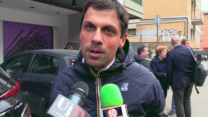 Andrea Romizi avanti a Perugia con il 61%, Giubilei al 27%