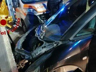 Due incidenti stradali nella notte e all'alba, con feriti, alle porte di Perugia