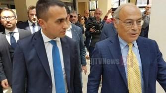 Di Maio visita ospedale: «Togliamo il potere alle Regioni e ai dirigenti regionali»