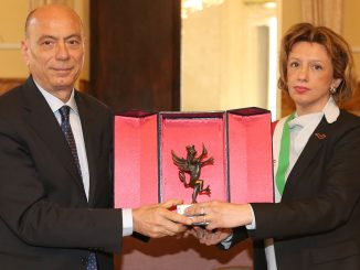 """Progetto """"Educare alla legalità"""" Fausto Cardella premiato a Imola"""
