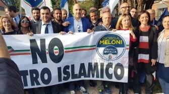 Giorgia Meloni a Marsciano contro il centro islamico