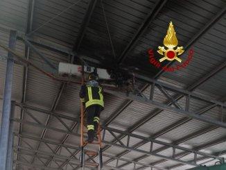 Principio di incendio in un impianto fotovoltaico a Fossato di Vico