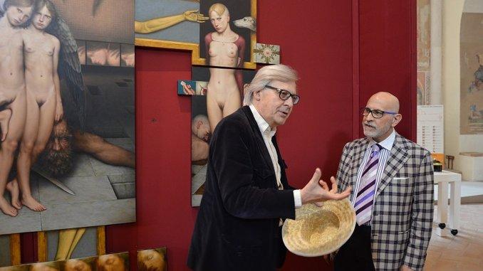 Vittorio Sgarbi contro biennale Venezia, quella vera è La stanza segreta