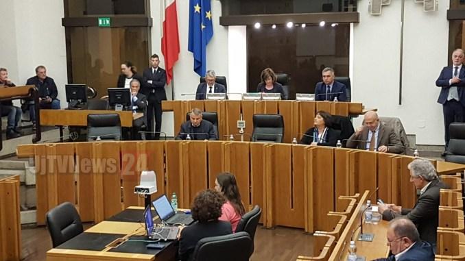 Scioglimento commissione inchiesta criminalità organizzata, atto necessario