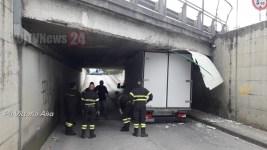 furgone-incastrato (5)
