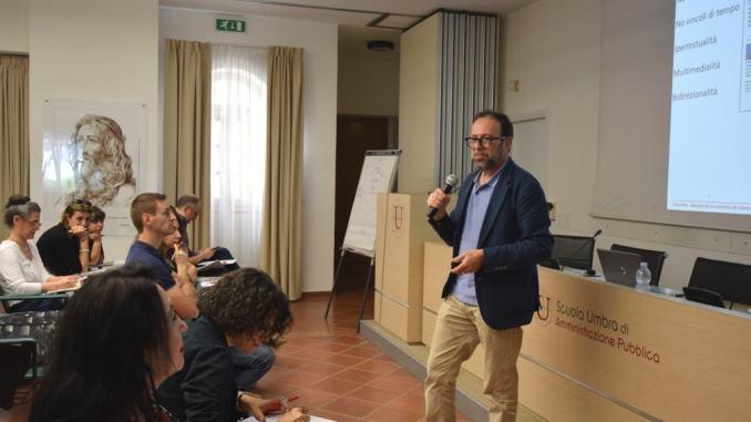 """corso """"Scrittura e comunicazione digitale per la PA: dal web ai social network"""""""
