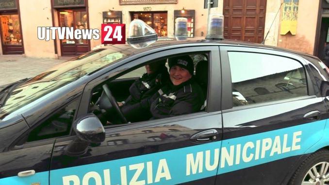 Mendicante violento dormiva al pronto soccorso, daspo urbano ad Assisi