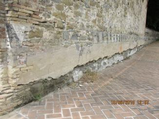 Chiesetta Baglioni a Ponte San Giovanni, guardate che degrado, perché?