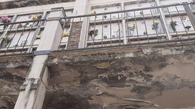 Cimitero di Terni cade a pezzi, costituita una task force