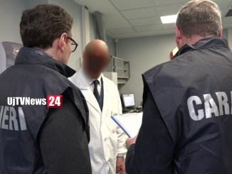 Covid, furbetti del vaccino, si fingono avvocati e addetti cimiteriali