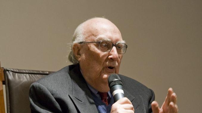 Morto lo scrittore Andrea Camilleri, regista padre del Commissario Montalbano