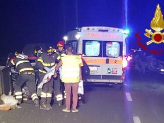 Due feriti sul raccordo Perugia Bettolle due auto coinvolte, una capottata