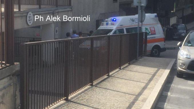 Presunta overdose a Fontivegge, 40enne salvato in extremis dal 118