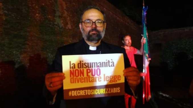 Decreto Sicurezza bis, botta e risposta tra Ministro Salvini e vescovo Giulietti