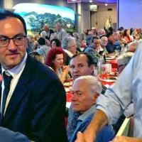 Nicola Zingaretti fa il tutto esaurito da Faliero al Lago Trasimeno