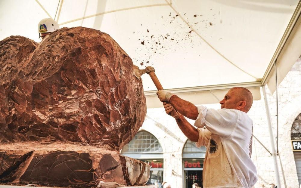 Eurochocolate, domani il grande giorno delle sculture di cioccolato