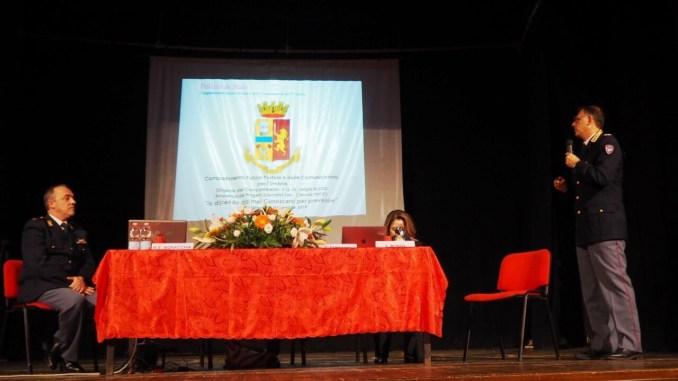Cyberbullismo al Teatro Cinema Esperia a Bastia Umbra con la Polizia Postale