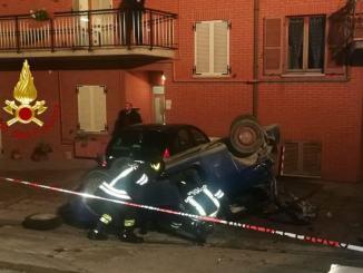 Incidente stradale a Gubbio, scontro tra auto, ferito trasportato in ospedale