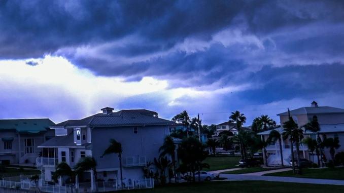 Piogge intense e venti forti sulle regioni centro-meridionali
