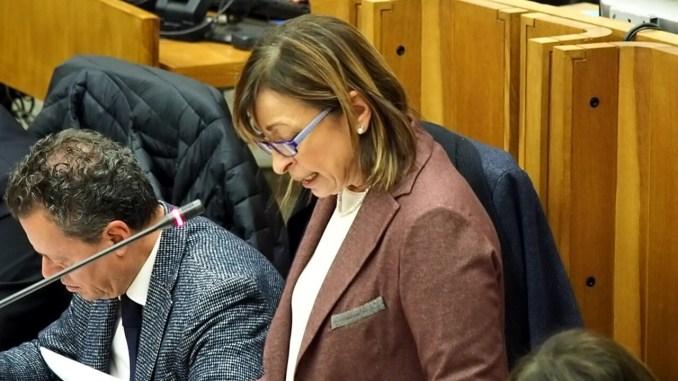 Senato al voto, si sostituisce Sileri, Catalfo e Donatella Tesei
