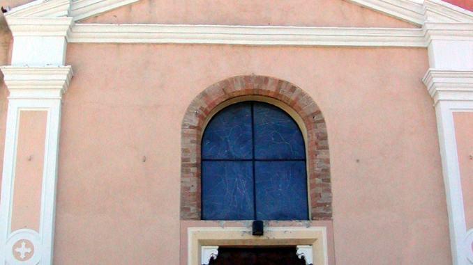 ✍ I racconti - Pieve di Campo, libro sulla chiesacostruita intorno al Mille su resti etruschi