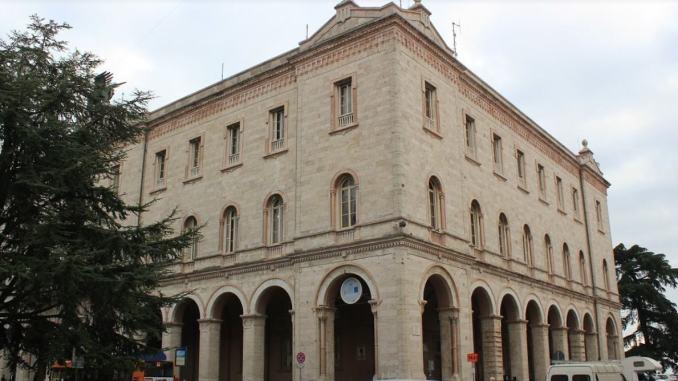 Disposta la totale chiusura della sede della Provincia di Perugia