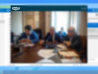 Coronavirus, a Milano ci si laurea a distanza, discussione via Skype