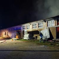Incendio capannone agricolo a Cannara, muoiono degli animali