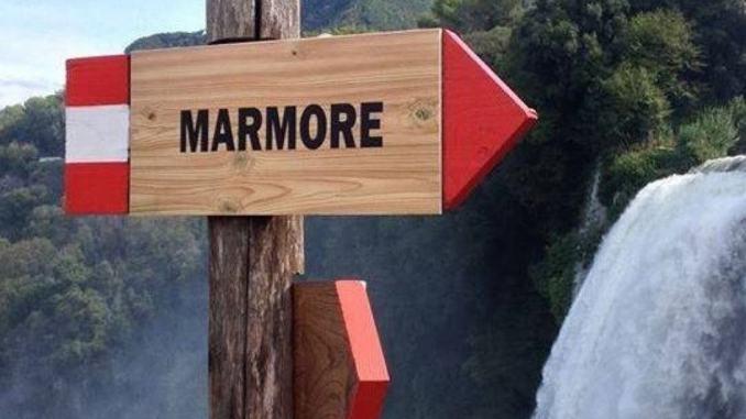 Pro Loco Marmore, con 100 soci, dona 1000 euro all'Ospedale di Terni
