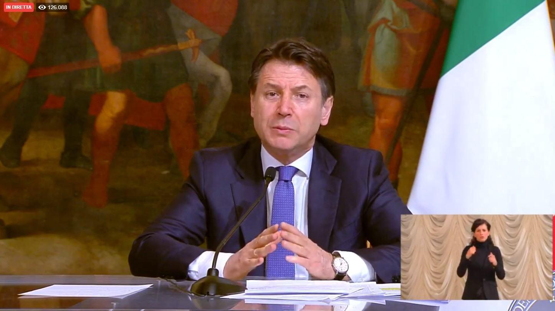 Coronavirus, 400 mln ai Comuni per distribuire cibo o buoni, lo dice Conte