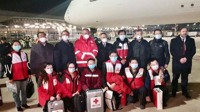 Hanno gestito il Coronavirus Cina, ora sono in Italia per aiutarci, ecco chi