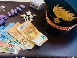 Hashish e cocaina, arrestati due pusher stranieri a Terni