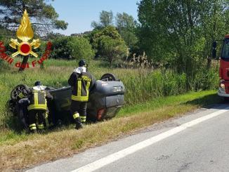 Incendio e incidente con ferito, vigili del fuoco a Perugia e a Corciano