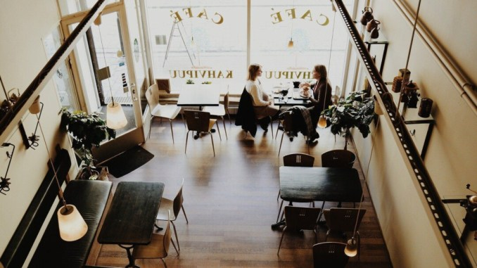 Misure anti-Covid per ristoranti, distanziamento 4 metri quadrati è una follia