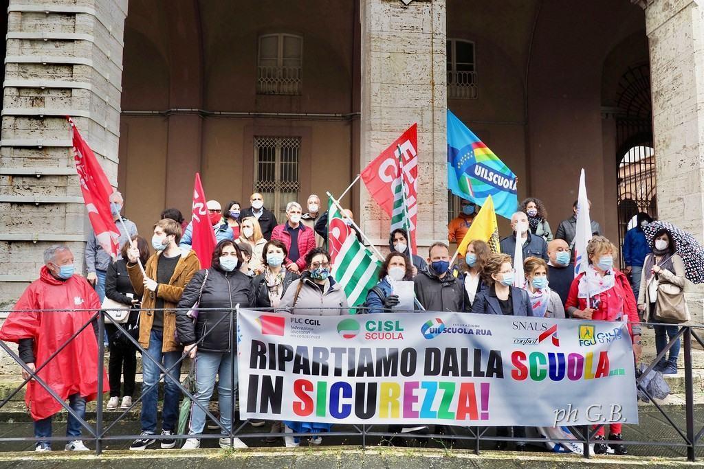Scuola in piazza a Perugia e Terni giovedì 25 giugno, ci sarà anche la Cgil