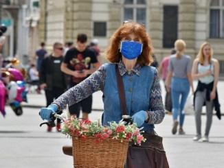 Lieve aumento casi coronavirus in Italia, rispettare misure di precauzione