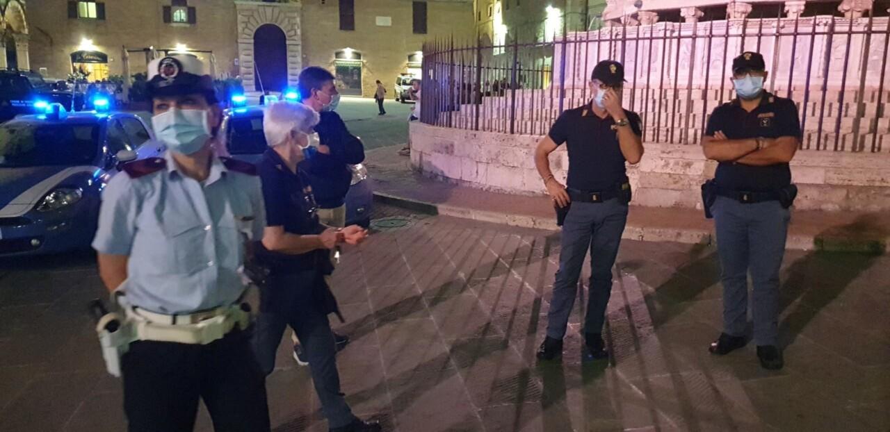 Movida centro storico sicura, presidio forze dell'ordine nel weekend