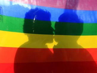 Genitori formati da una mamma ed un papà, LGBTI replica a Giacomelli, Presidente del Consiglio comunale di San Gemini