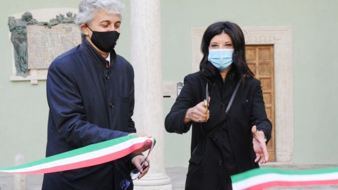 """Torna a splendere il """"primo Chiostro"""" del Complesso Monumentale di San Pietro"""