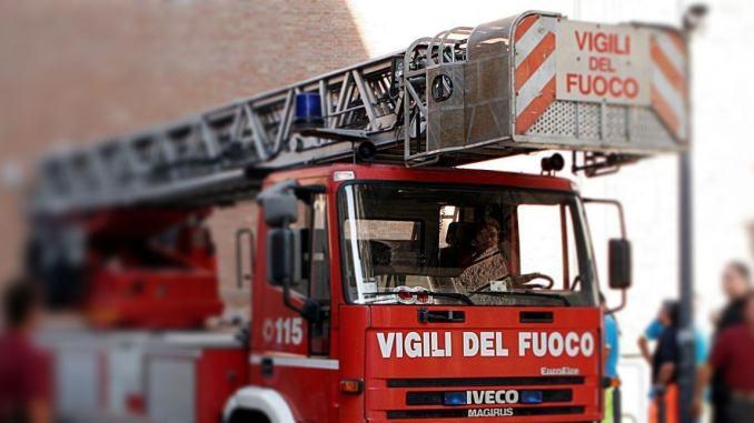 Mozzicone acceso, principio di incendio all'Ospedale di Terni, fumo e nessun danno a persone