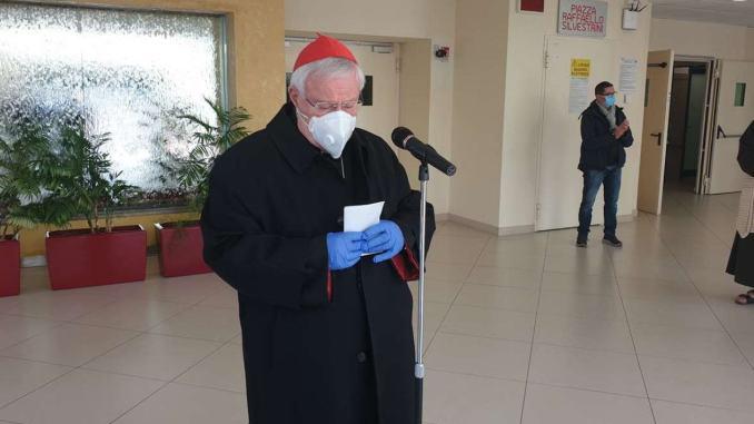 Il cardinale Gualtiero Bassetti, affetto da Covid-19, si è aggravato, è in terapia intensiva