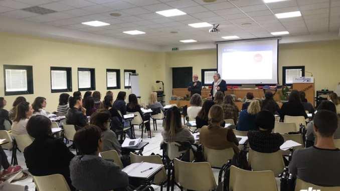 Scuola di Alta FormazioneFA.BE.SA.CI, corso sulla Dermocosmesi
